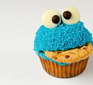 (Trying To Make) Cookie Monster Cupcakes